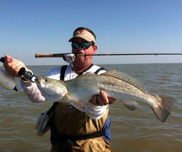 Matagorda bay fishing matagorda wade fishing charters for Saltwater wade fishing gear